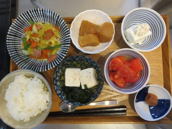 野菜炒めメインの献立(180105朝ごはん)