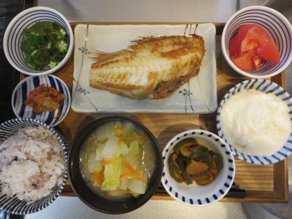 焼魚(赤魚)メインの献立(17-12-19)