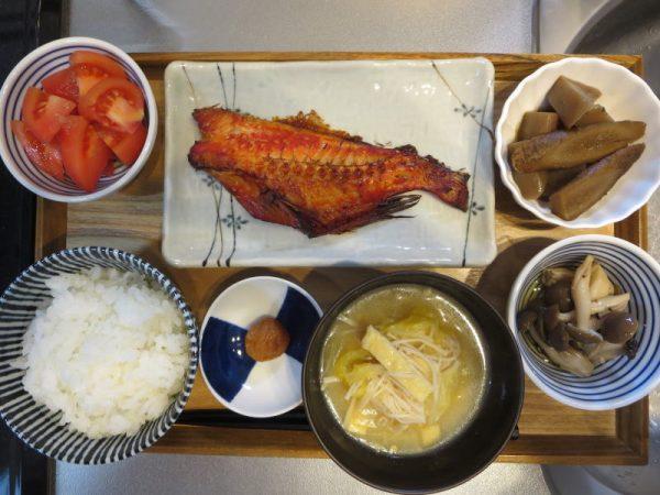 焼魚(赤魚)メインの献立(180106朝ごはん)