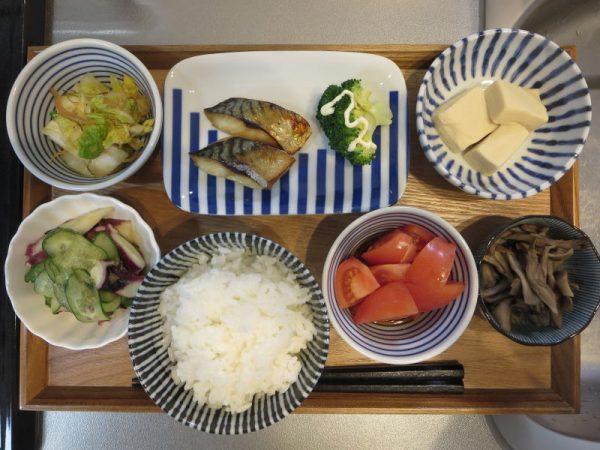 焼魚(サバ)メインの献立(180127朝ごはん)