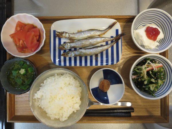 焼魚(ししゃも)メインの献立(180130朝ごはん)