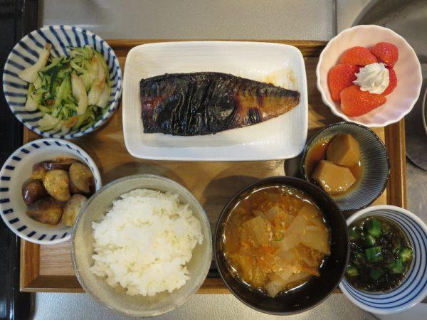 焼魚(サバ)メインの献立(180220朝ごはん)