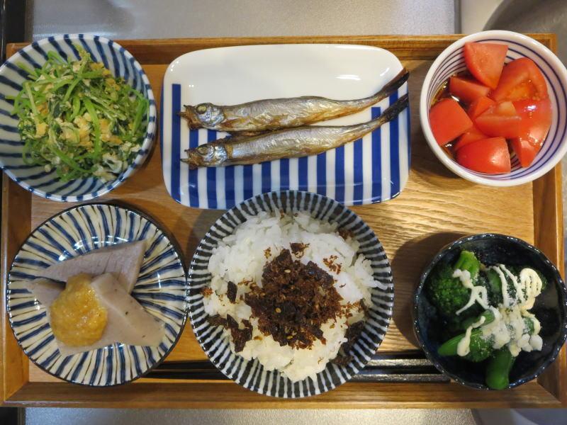 焼魚(ししゃも)メインの献立(180223朝ごはん)