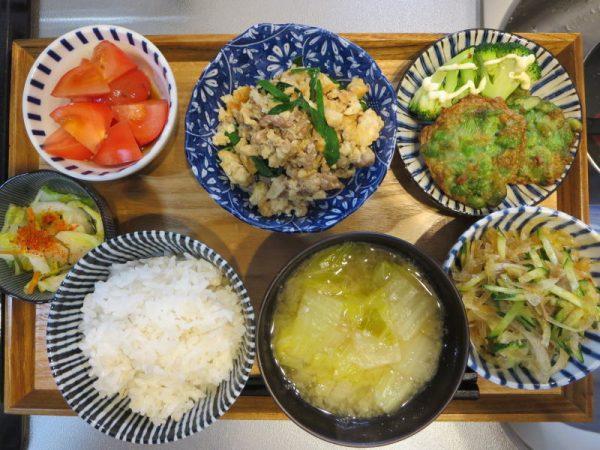 豆腐とニラの炒め物メインの献立(180301朝ごはん)