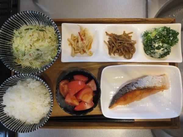 焼魚(鮭)メインの献立(180313朝ごはん)