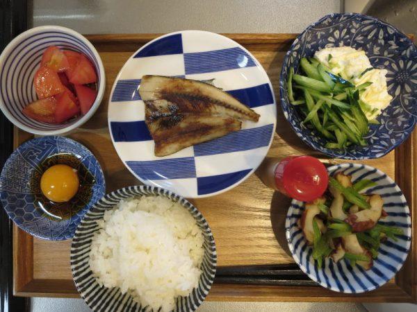 焼魚(さんまの開き)メインの献立(180317朝ごはん)