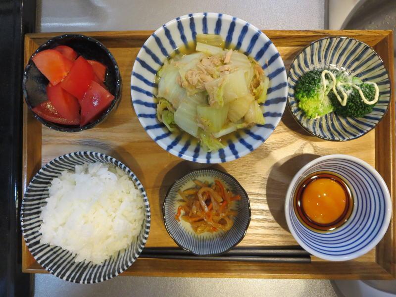 白菜とツナ缶の蒸し煮メインの献立(180320朝ごはん)