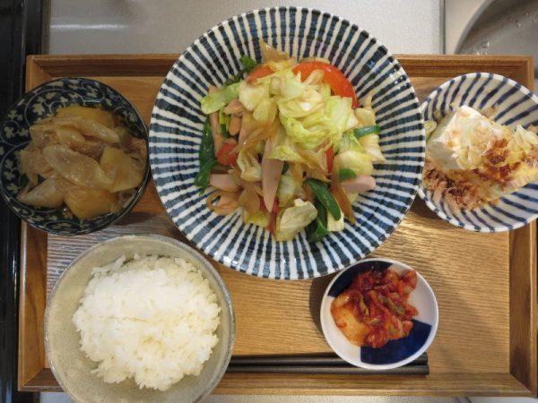 野菜炒めメインの献立(180326昼ごはん)