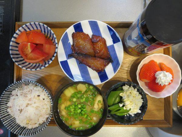 焼魚(アジみりん)メインの献立(180405朝ごはん)