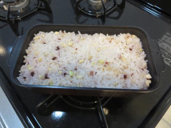 トースターパンで雑穀米を炊いた