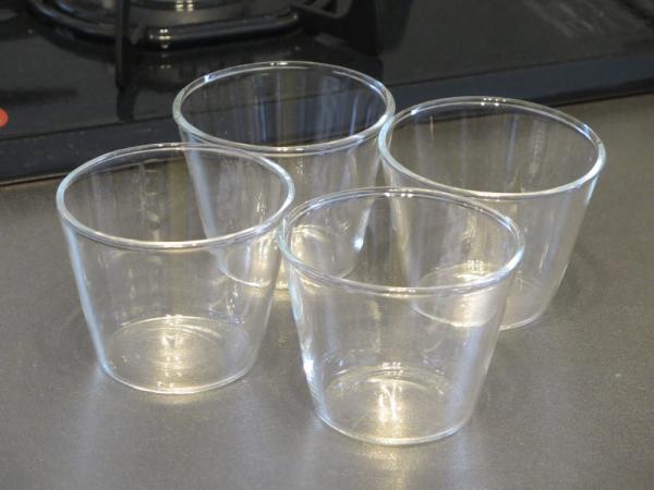耐熱ガラス製カップ約160ml(セリア)