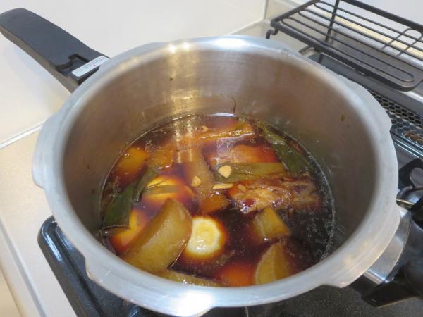 煮豚(大根、茹でたまご)