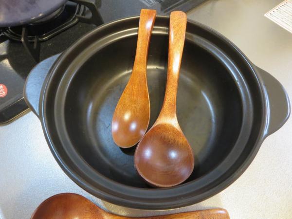 お玉レンゲ(木製お玉)と木製レンゲ