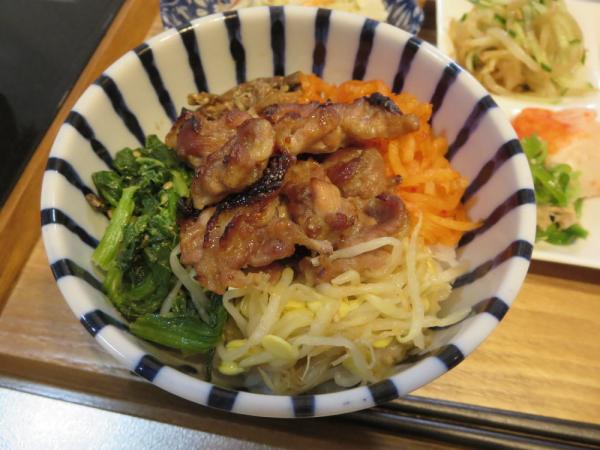 ビビンパ丼風