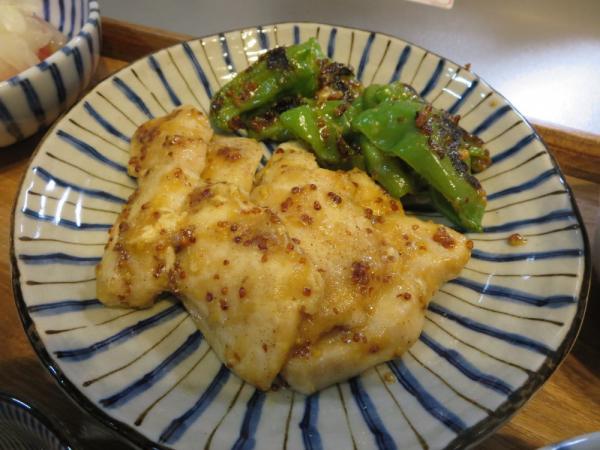 鶏むね肉のハニーマスタード焼き