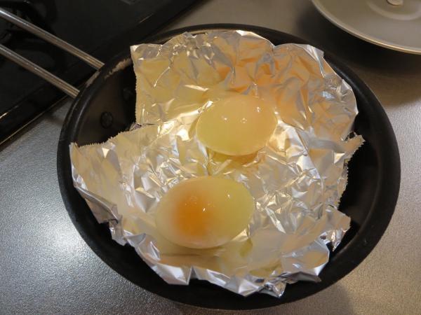 冷凍卵で目玉焼き