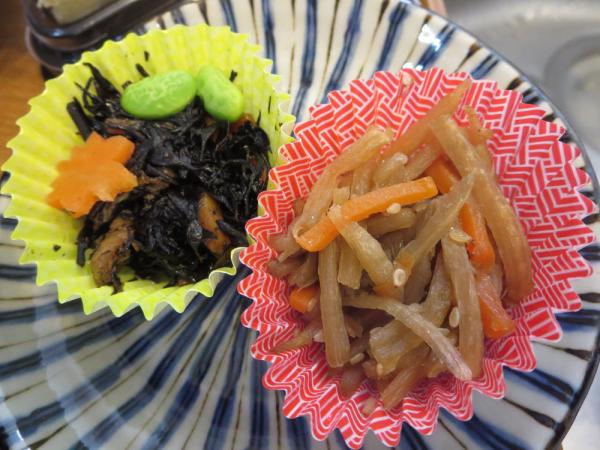 金平とひじき煮(冷凍食品)