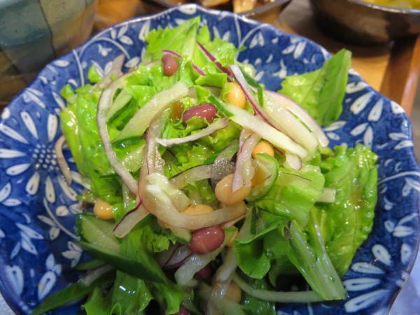 豆入り野菜サラダ