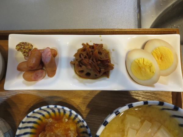 3点盛り(ウインナー、れんこんのきんぴら、煮卵)