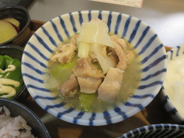 サムゲタン(エスビー 菜館 参鶏湯の素使用)