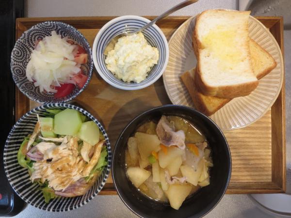 トースト(手作りカッテージチーズ添え)メインの献立