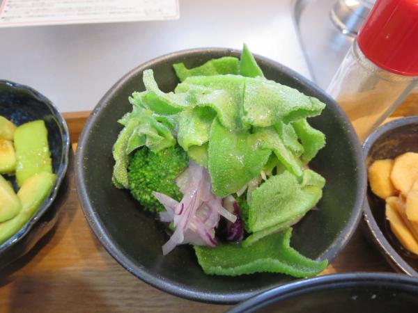 アイスプラント+ブロッコリー+紫玉ねぎ