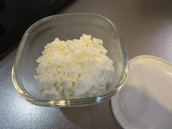 ホエーと牛乳で手作りリコッタチーズ