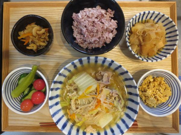 白菜と豚肉の鍋の献立