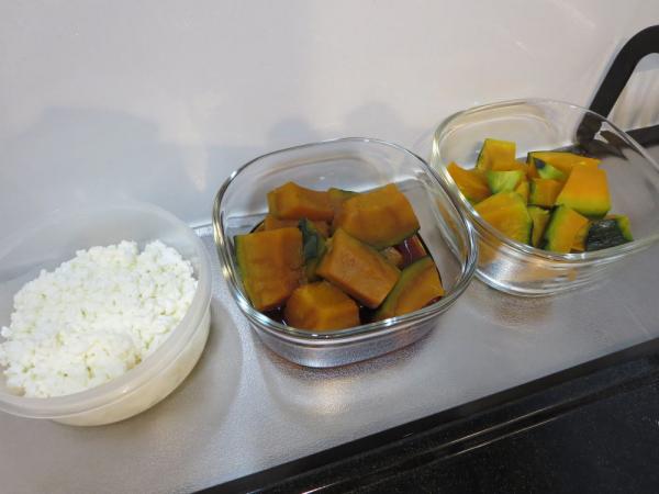 作り置き、かぼちゃ2種類と手作りカッテージチーズ