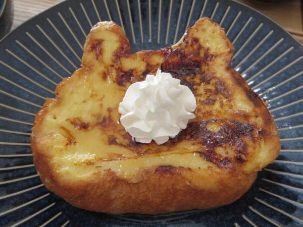 ねこねこ食パン(アンティーク)でフレンチトースト