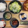 中華風肉団子(チルド)とツナマヨの献立