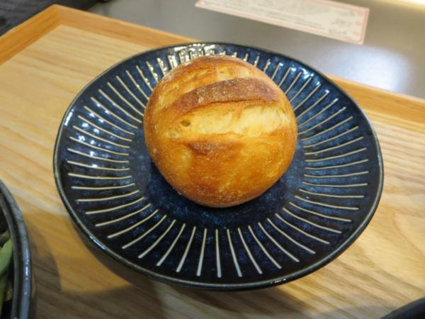 Pan&(パンド)の冷凍パン、はちみつ豆乳パン