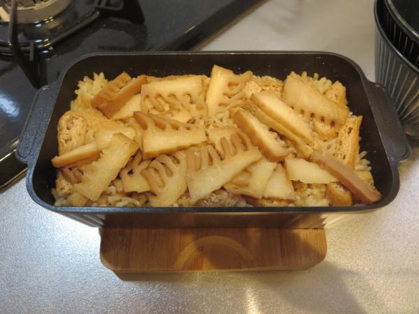 トースターパンで竹の子ごはんを炊く