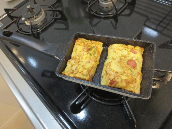 たまご1個で卵焼きが焼けるフライパン