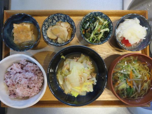 白菜とツナ缶の電子レンジ蒸しの献立