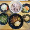 豚の角煮と半熟たまごの献立