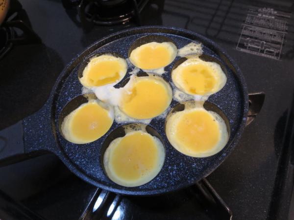 コロコロ♪ひとくちボール焼でコロコロだし入り卵焼き