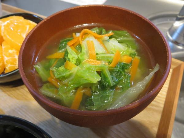 白菜の汁物