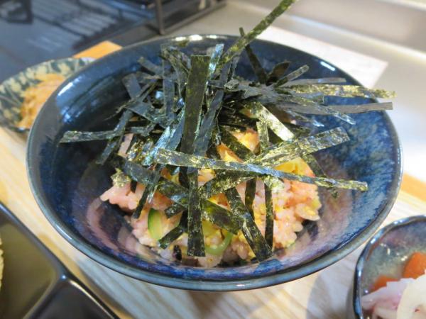 鮭フレークでちらし寿司風