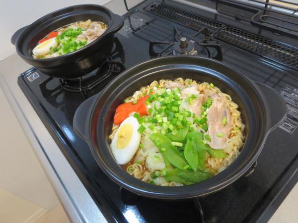 サッポロ一番みそラーメン土鍋で
