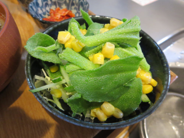 アイスプラントのサラダ