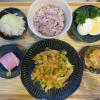 魚肉ソーセージ入り野菜炒めの献立