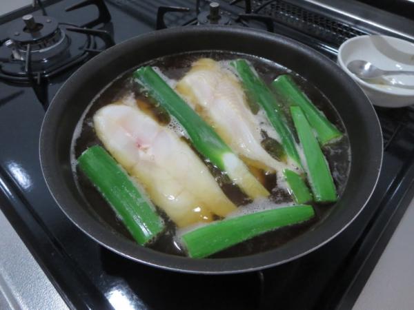 カラスガレイを煮る