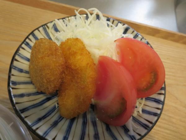 冷凍フライと野菜