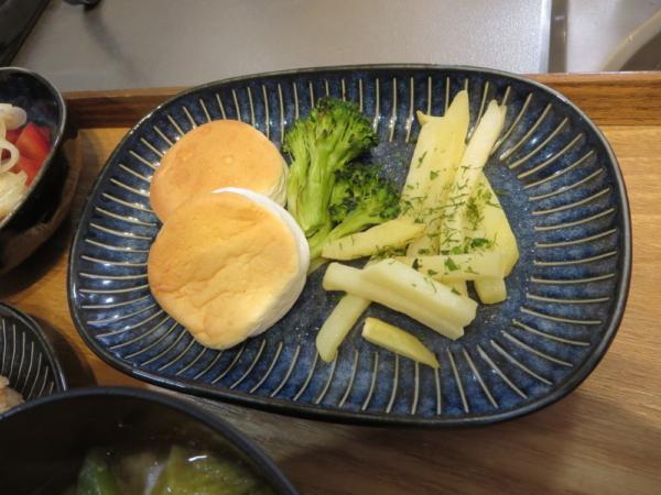 チーズはんぺん、ブロッコリー、海苔塩ポテト