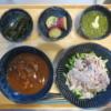 カレー丼(レトルトカレー)の献立