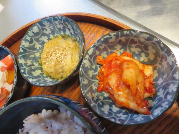 えのき煮、キムチ