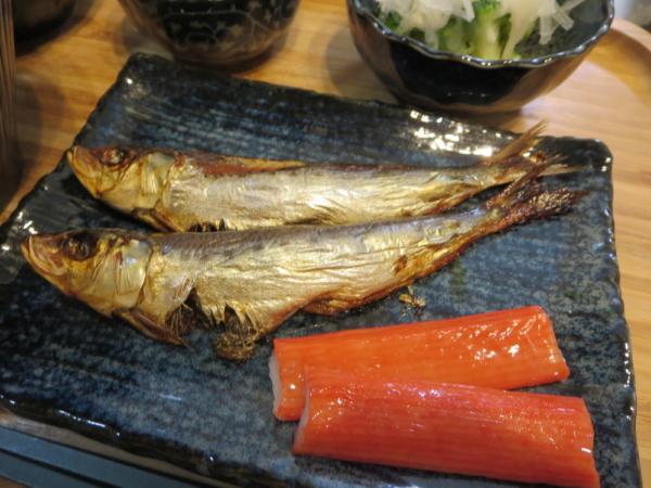 焼魚(めざし)、カニカマ