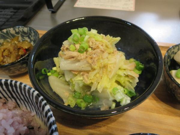ツナ缶白菜蒸し