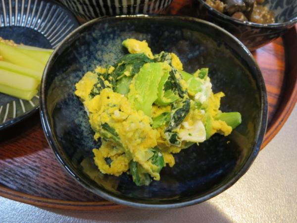 チンゲン菜とたまごのソテー